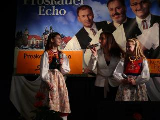 Finalistki i Aneta Lissy-Kluczny - moderatorka