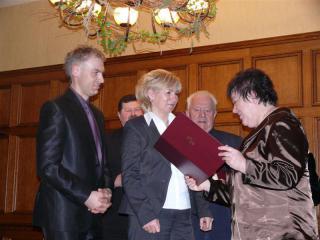 Wręczenie dyplomu nominacji firmie TADEJ