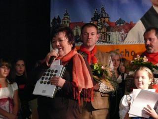 Gratulacje składa burmistrz Prószkowa Róża Malik